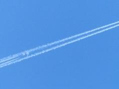 Plane Following Inside the Trail