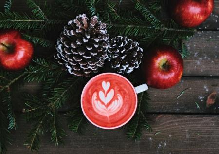 christmas-cup-unsplash